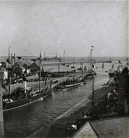 Le grand sas, inauguration du port à Saint-Nazaire